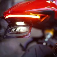 14-17 Ducati Monster 821...